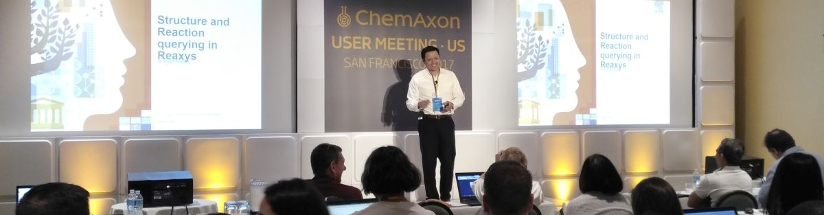 Reaxys presentation on the San Francisco 2017 UGM stage